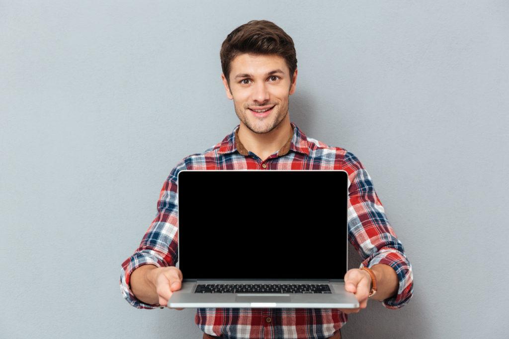 Niezawodny laptop w zasięgu ręki – wybieramy najlepszy sprzęt na rynku