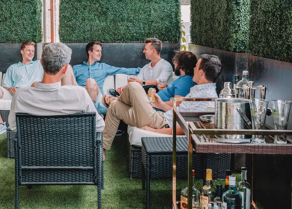 Jak powinna wyglądać udana impreza firmowa?