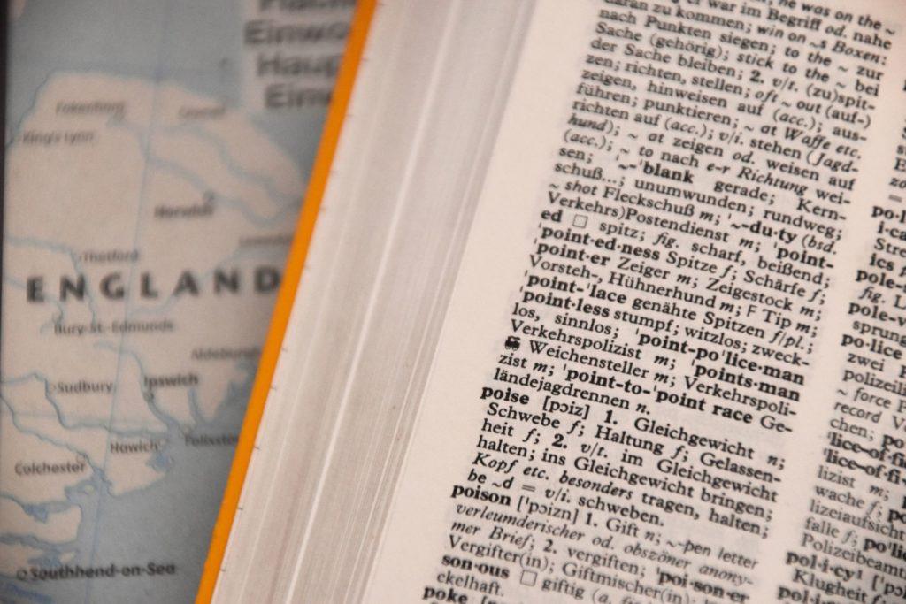Czy warto zostać tłumaczem?
