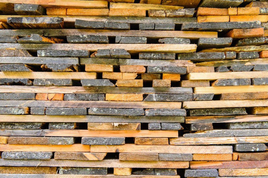 Drewno konstrukcyjne C24 – co to jest?